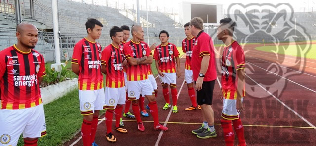 Sarawak FA, Akmal, Ronny, Roberts