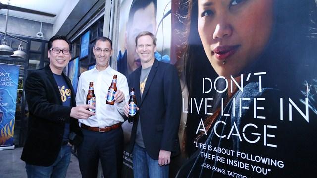 L-R_ Mr. Thum Chee Yuen, Sales Director of GAB, Mr. Hans Essaadi, Managi Tiger Beer
